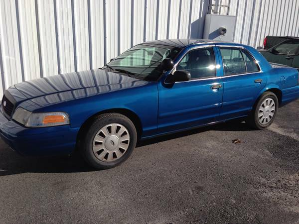 *** 10 + POLICE VIC CROWN VICTORIA P71 VIC TO CHOOSE FROM ***