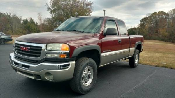 2003 GMC Sierra 2500HD Ext Cab 143.5 WB 4WD SLE ** Great Finance...