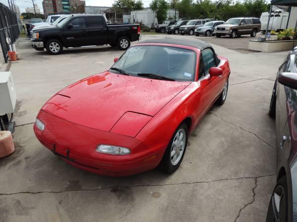 1992 Mazda Miata Convertible Lowwwww Miles