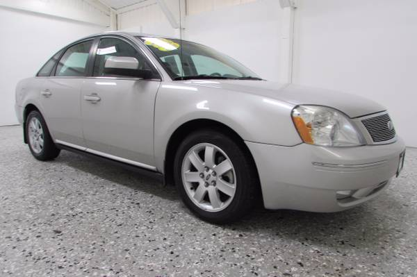 2006 Ford Five Hundred SEL - Leather - Sun Roof - WE FINANCE!