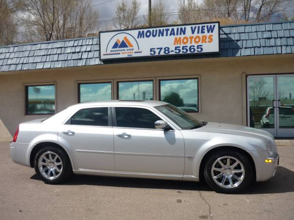 06 Chrysler 300C clean, loaded