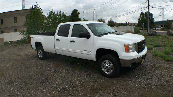2011 *GMC* *Sierra* *2500HD* Crew 4x4 Long box *Call for