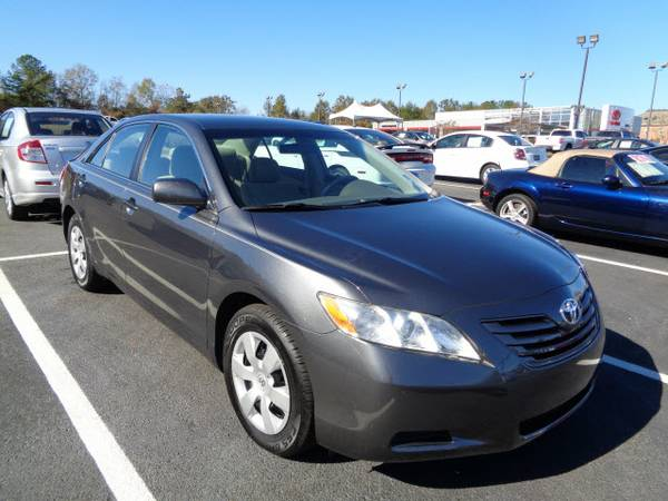 2009 Toyota Camry Sedan LE only 56,332 miles