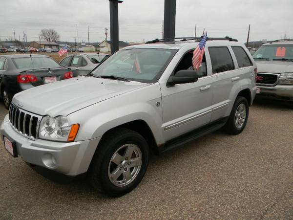 2005 Jeep Grand Cherokee 4dr Limited 4WD with Rain sensing...