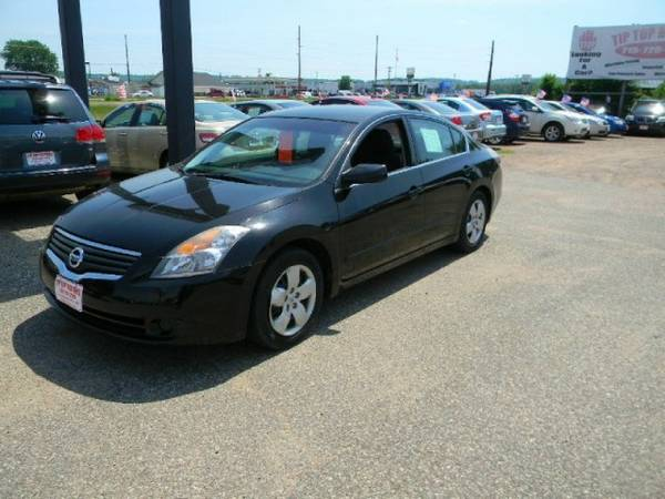 2008 Nissan Altima 4dr Sdn I4 CVT 2.5 S with Xtronic continuously...
