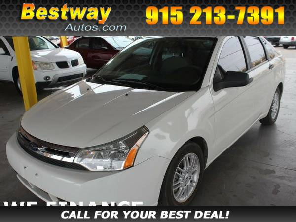 *2009* *Ford Focus* *SE* White