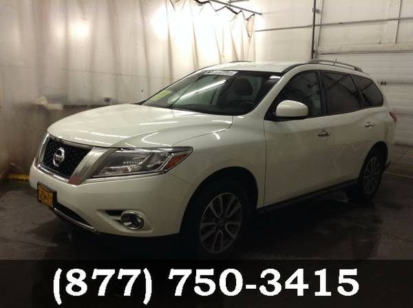 2015 Nissan Pathfinder WHITE *Priced to Sell Now!!*
