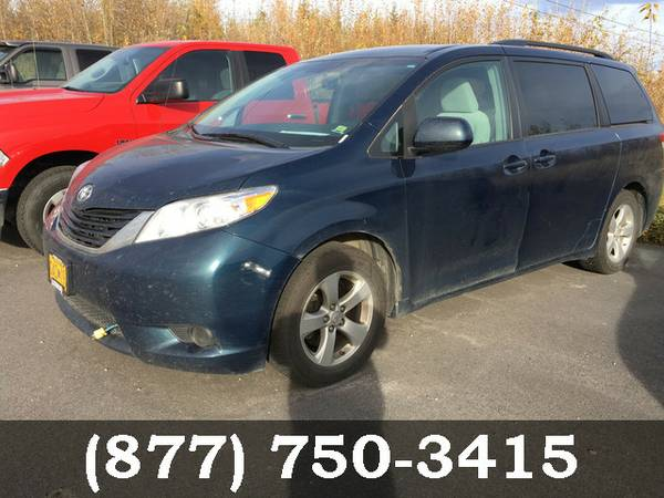 2011 Toyota Sienna GREEN *BIG SAVINGS..LOW PRICE*