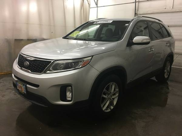 2014 Kia Sorento BRIGHT SILVER SILVER FOR SALE - GREAT PRICE!!
