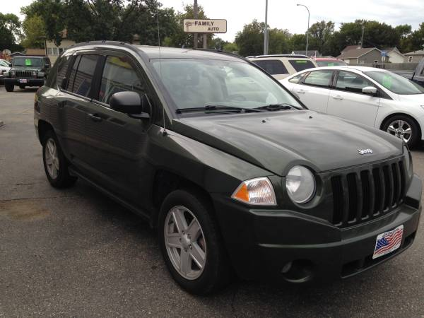 07 Jeep Compass- 4x4/4 Dr/Low Miles!