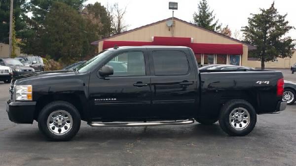 2011 Chevy Silverado Crew Cab ** 4x4 ** 83k Miles ** Dual Exhaust **