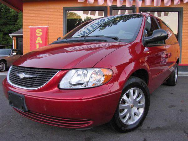 2002 *CHRYSLER* *TOWN* *&* *COUNTRY* LX - DRIVE HOME TODAY!