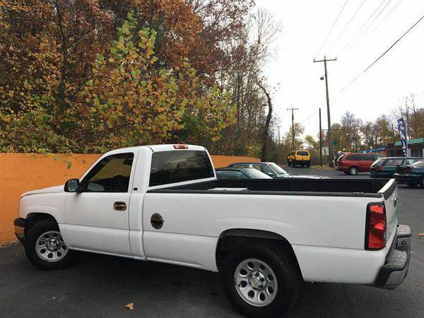 2005 *CHEVROLET* *SILVERADO* *1500* Work Truck - DRIVE HOME TODAY!