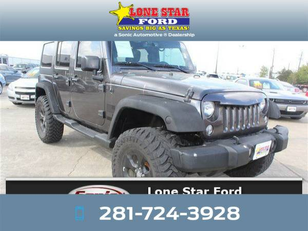*2014* *Jeep Wrangler Unlimited* *Sahara 4WD 4dr* Gray