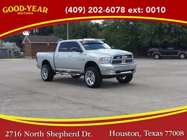 2009 *Dodge Ram 1500* SLT Crew Cab 4WD NO CREDIT CHECK REQUIRED!
