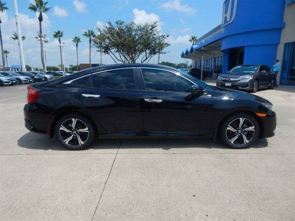 2017 *Honda Civic Sedan* Touring - Crystal Black Pearl