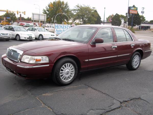 Mercury 2007 Grand Marquis LS (110K miles) leather, 6 seats, new tires
