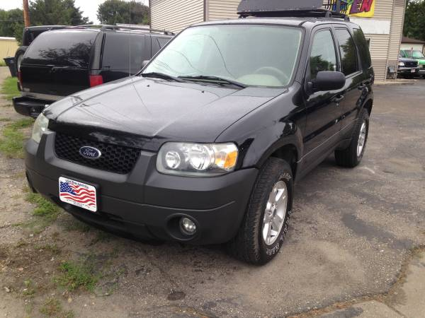 2005 Ford Escape 4x4 4Dr Newer Tires-$5990