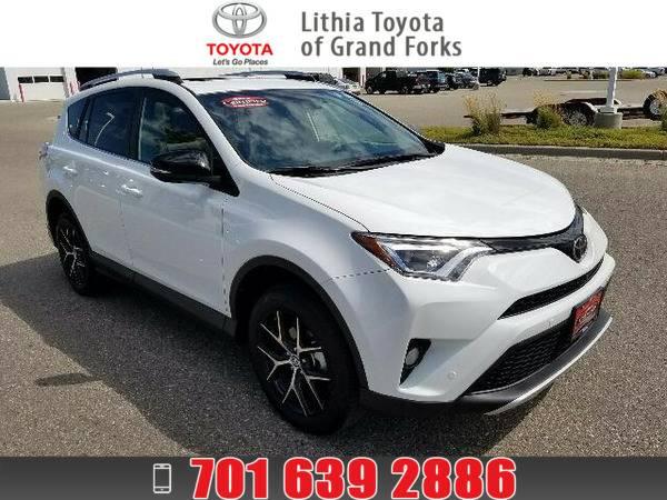 *2016* *Toyota Rav4* *SE* SUPER WHITE