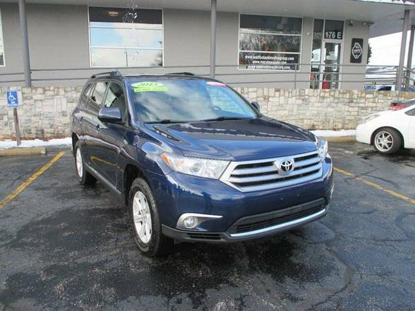 2013 Toyota Highlander Plus AWD SUV *CERTIFIED CARFAX AVAILABLE*