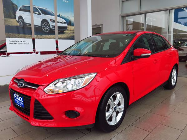 2014 FORD FOCUS SE AUTOMATIC/EXTRA CLEAN/FACTORY WARRANTY/1 OWNER