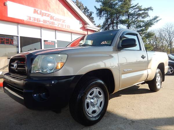 2006 TOYOTA TACOMA 4 CYLINDER AUTOMATIC 125,000 ACTUAL MILES