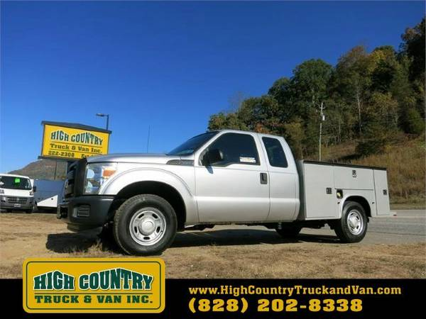 2011 Ford F250 SD SUPERCAB UTILITY TRUCK