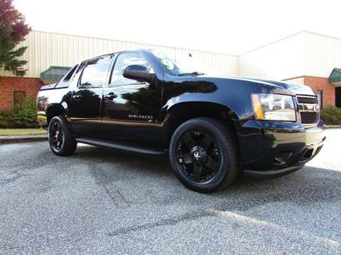 2009 CHEVROLET AVALANCHE 4X4 LOADED, LOW MILES