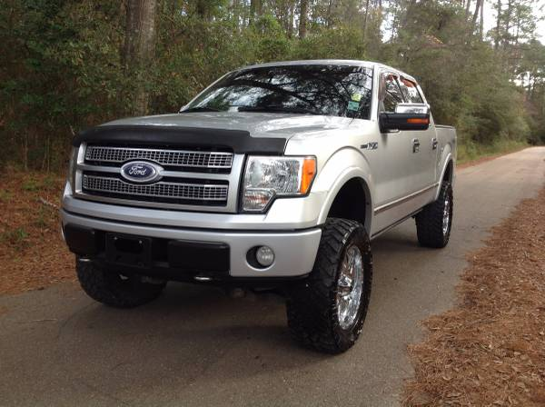 2010 Ford Platinum F 150 4x4 Super Cab (Financing Available)