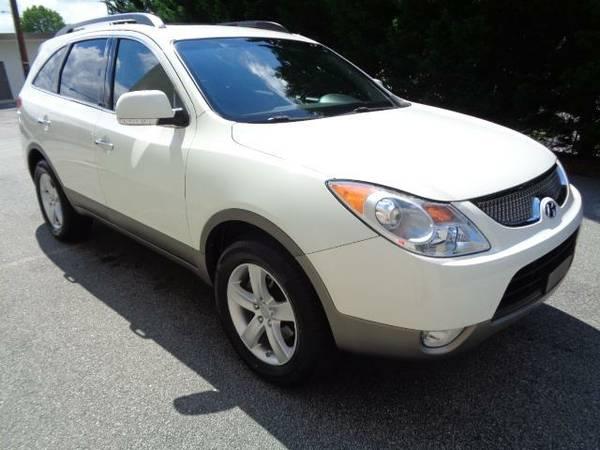 2011 Hyundai Veracruz- WARRANTY!
