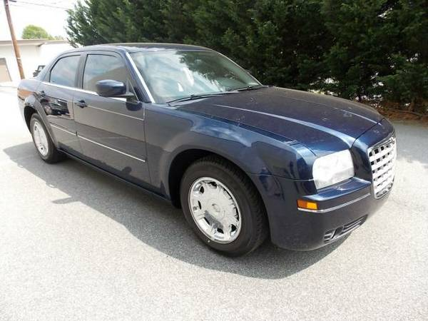 2005 CHRYSLER 300 LIMITED *LOW PAYMENTS*