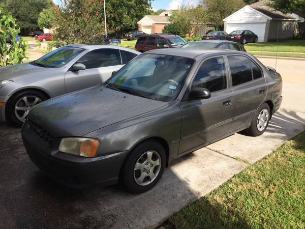 2000 Hyundai Accent GREAT RELIABLE CAR