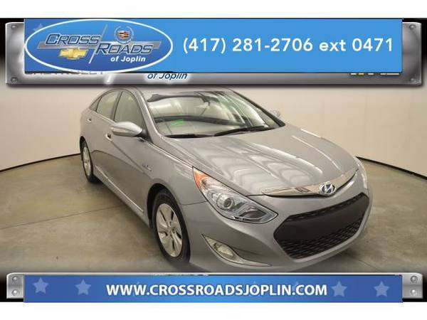 2015 *Hyundai Sonata Hybrid* Base (Pewter Gray Metallic)