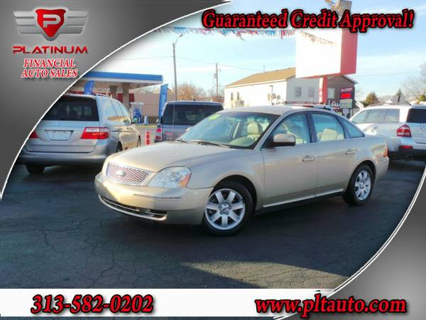 2007 FORD FIVE HUNDRED**LEATHER**SUPER CLEAN**EVERYONE IS APPROVED**