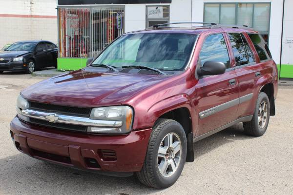 2004 CHEVY TRAILBLAZER ** LS 4WD! ** FINANCING FOR ANY CREDIT FAST!!!!