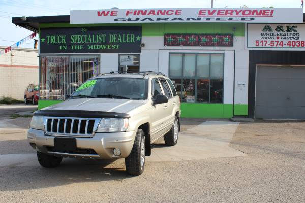 2004 JEEP GRAND CHEROKEE! ^^ LEATHER 4WD ^^ FINANCING FOR ANYONE FAST!