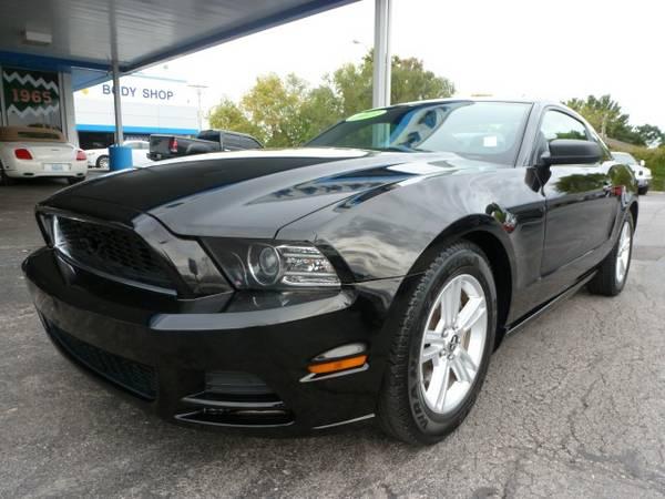2013 Ford Mustang Premium...WARRANTY... Auto Enterprise Co.