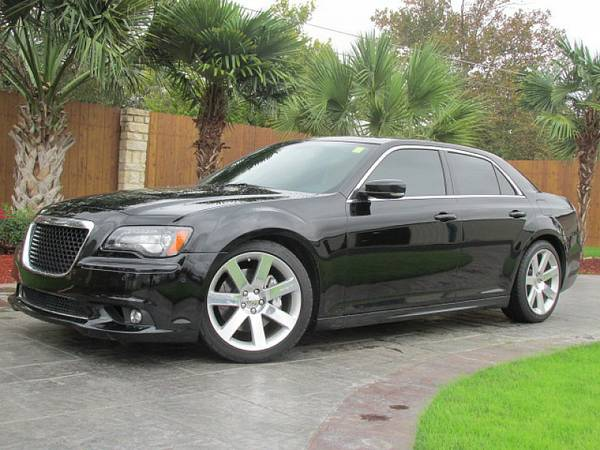 2012 Chrysler 300 fully loaded bad or no credit we can help