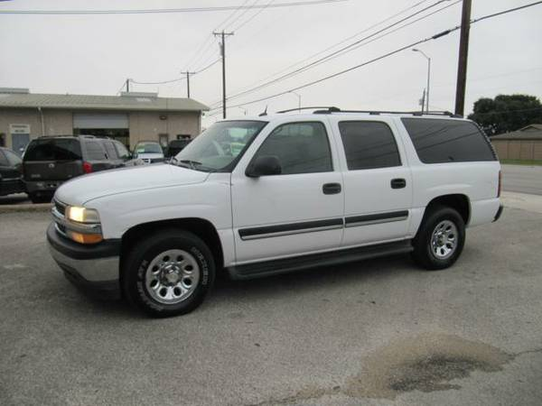 2005 Chevrolet Suburban LS Clean CarFax Runs and Looks Good Super Deal