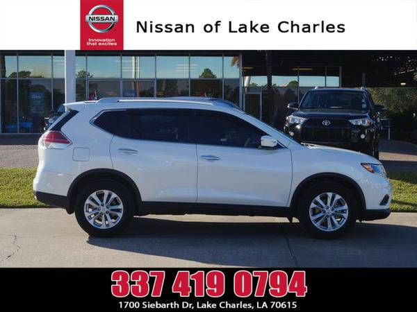 *2015* *Nissan Rogue* ** *White*