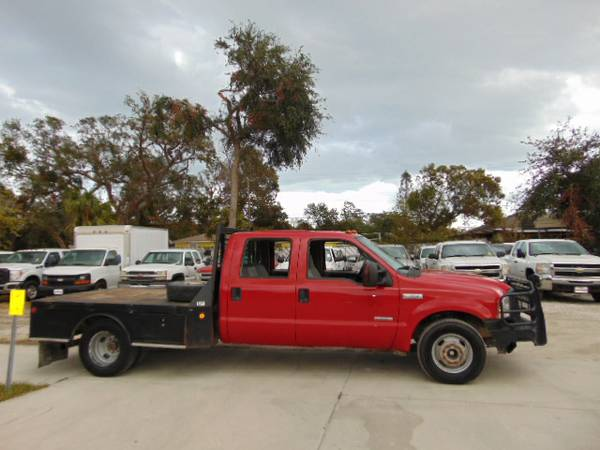 2007 Ford F-350 Crew-Cab Flatbed Very low Miles 100% Financing