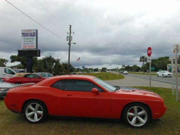 2009 Dodge Challenger SRT8 2dr Coupe -- Low Miles