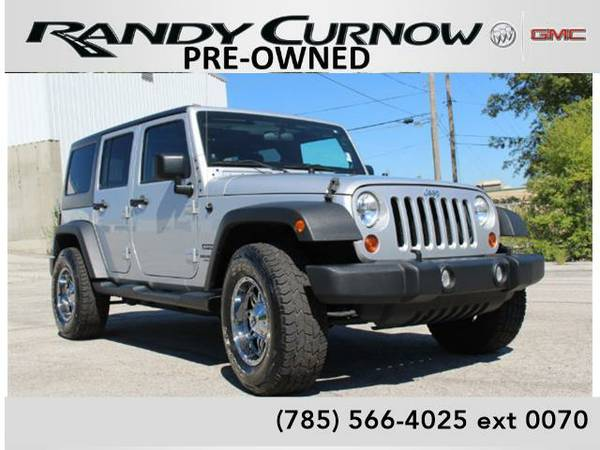 2012 *Jeep Wrangler Unlimited* **4 DOOR HARDTOP**MANUAL**TRAILERING**