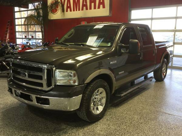 2006 FORD F-250 CREWCAB LARIAT DIESEL! LEATHER LOADED! ONLY 137K MILES