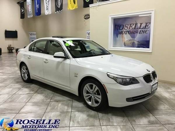 2010 BMW 5-Series 528xi **Easy Financing**