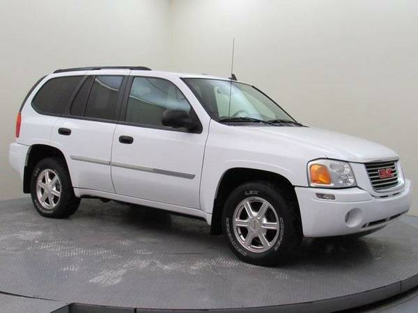 2008 *GMC Envoy* (Summit White)