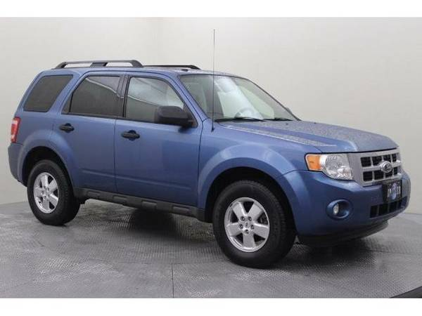 2009 *Ford Escape* XLT (Sport Blue Clearcoat Metallic)