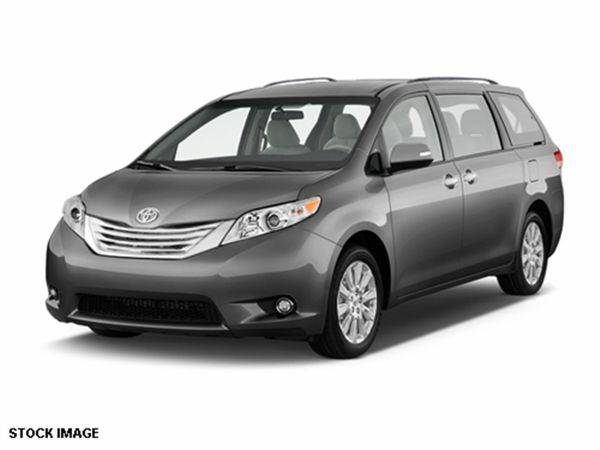 2015 *Toyota* *Sienna* Limited 7-Passenger **WE FINANCE EVERYONE**