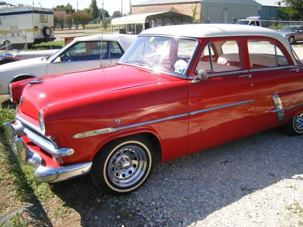 1953 Ford Customline 4 dr