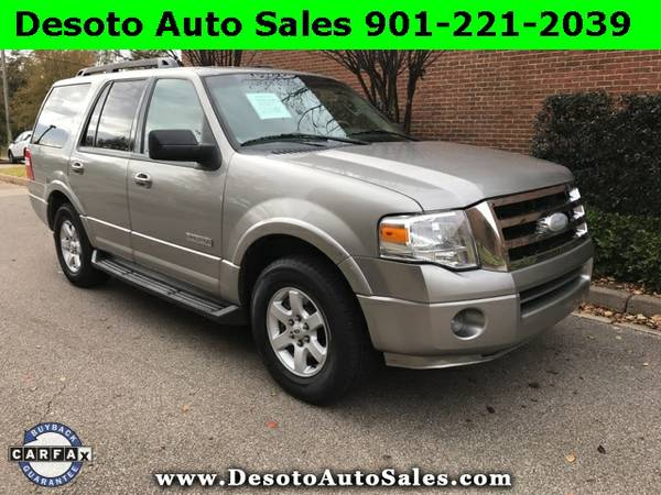 2008 Ford Expedition XLT with a Clean Carfax, 5.4L V8 engine, Automati